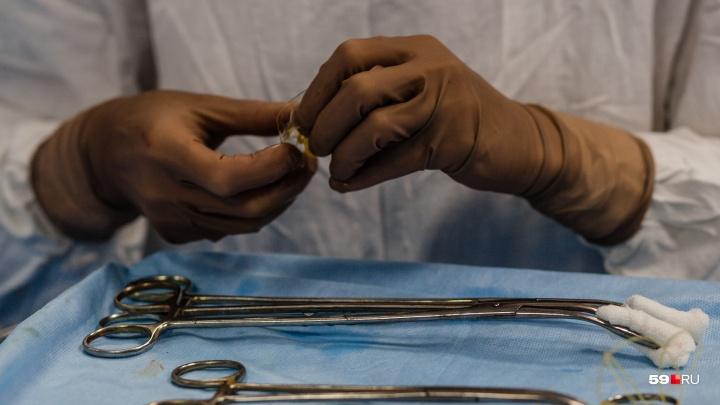 «Выхаживали восемь дней»: пермские врачи спасли годовалого ребёнка, выпавшего из окна шестого этажа
