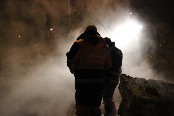 Аварийная бригада продолжает устранять последствия аварии