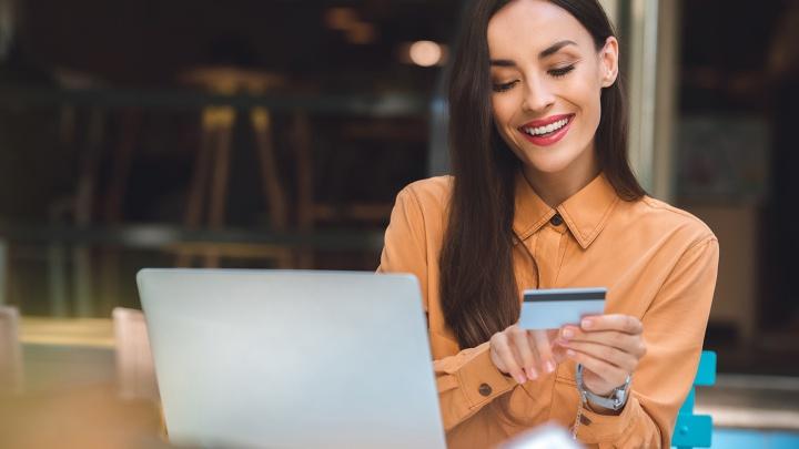 Кредит или кредитка: битва продуктов