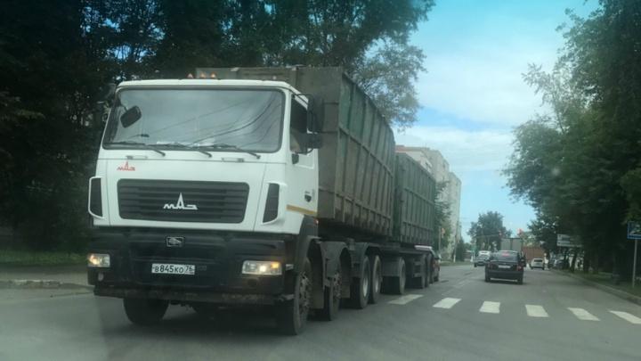 «Масштабы ужасают»: экоактивисты насчитали десятки мусоровозов, мчащихся на Скоково