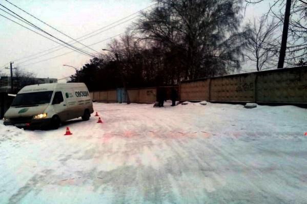 Обзорное фото с места аварии в Садах