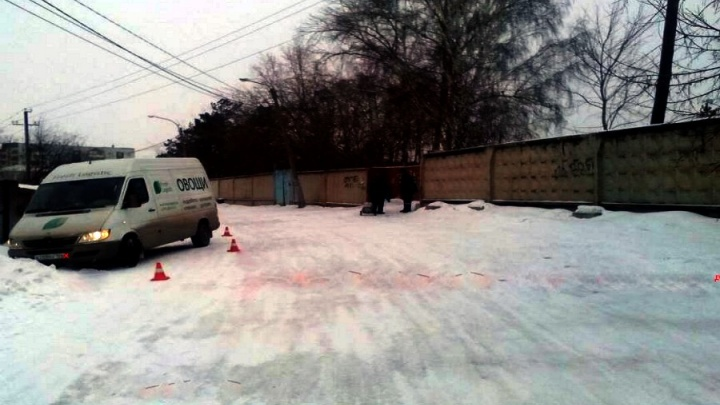 От чиновников требуют обустроить тротуар на Садах, где сбили ребенка, но они предпочли платить штраф