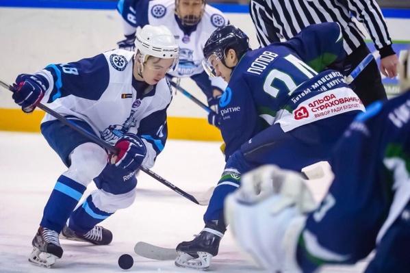 Повторную встречу с соперником новосибирские хоккеисты проведут послезавтра