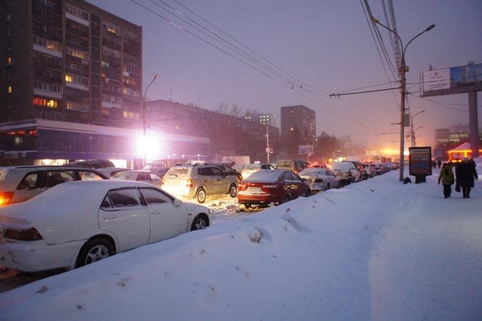Одной из самых загруженных улиц оказался Красный проспект