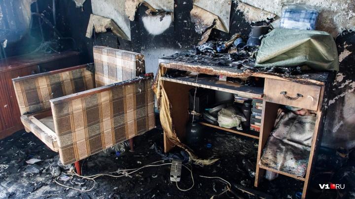 Под Волгоградом при пожаре в частном доме погиб человек