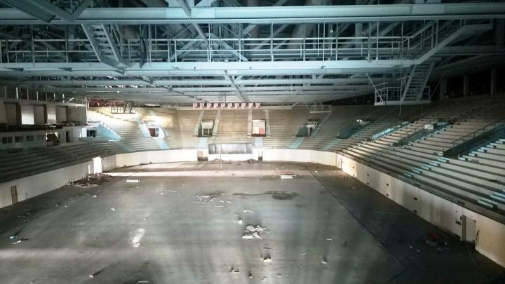 Металлоконструкции с «Арены Омск» привезли на стадион «Красная звезда»
