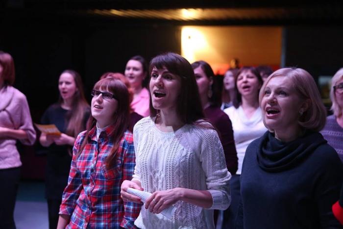 На «Благотворительный запев» пришли десятки новосибирцев
