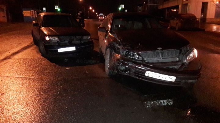 Две иномарки столкнулись в Первомайском районе