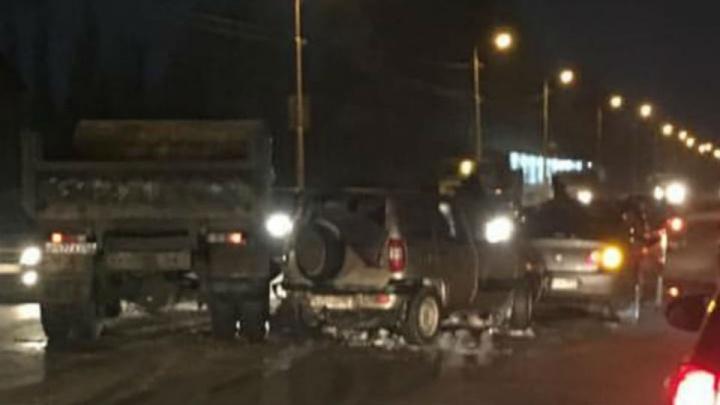 Массовая авария в Нефтекамске: самосвал собрал «паровозик» из шести машин