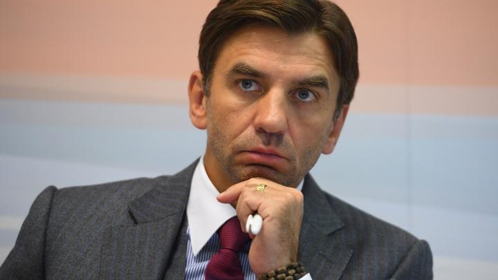 Следователи возбудили третье дело против Михаила Абызова