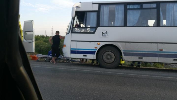 Погибшим в автобусе на объездной оказался рабочий Мостостроя-11: мужчина ехал домой со смены