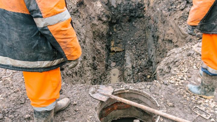 В Самаре нашли водопроводную трубу, которую проложили через канализацию