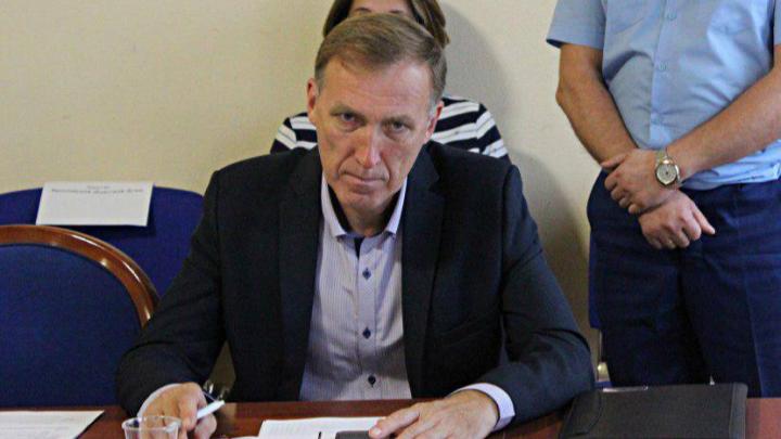 Подозреваемый в убийстве таксиста депутат встретит Новый год за решеткой