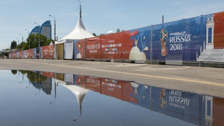Пустые улицы и ныряльщики с диких пляжей: Волгоград встречает чемпионат мира