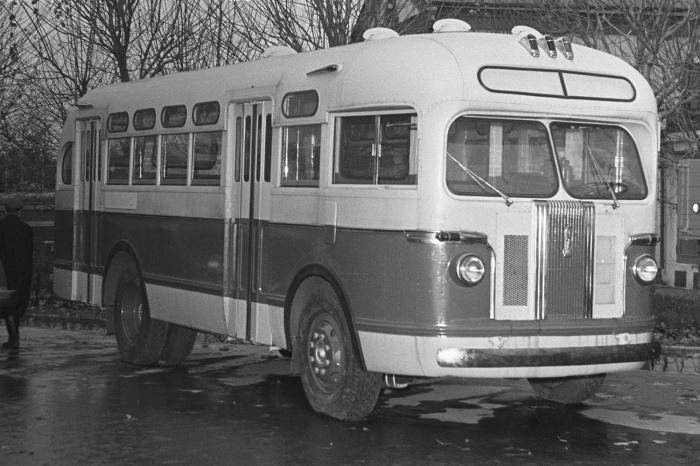 Так выглядел автобус ЗИС, в котором показывали мультики