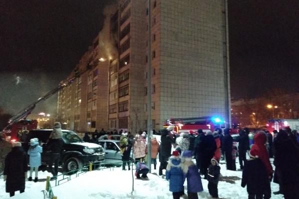 От огня пострадали две квартиры