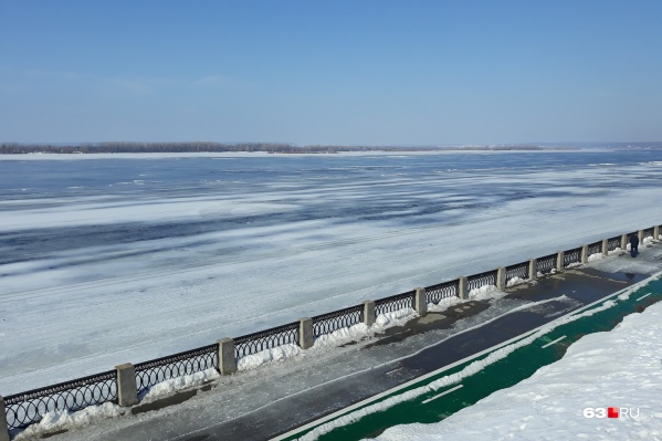Волга полностью освободится ото льда в апреле