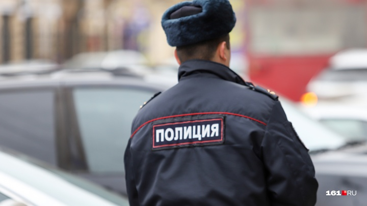 В Ростовской области двое полицейских попались на взятке в полмиллиона рублей