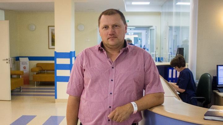 «Везде отказывают»: новосибирский доктор-робот спас водителя автобуса