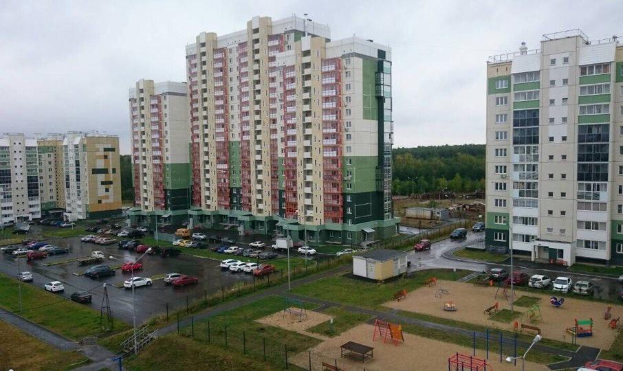 Жители опасаются, что строительство новых домов начнётся на участках, где сейчас находятся парковки и детские площадки