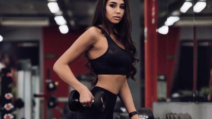 Популярная сеть фитнес-клубов разыграет операцию по увеличению груди среди посетительниц