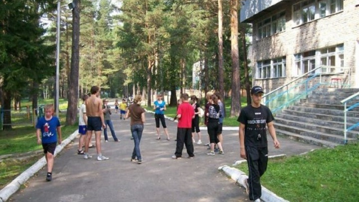 Екатеринбургские родители, которые боролись за путёвки в лагеря, пожаловались на сбой в системе