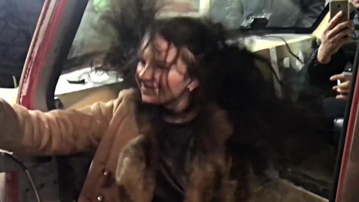 Шуба заворачивается: новосибирец превратил 50-летний фургон в мощную аудиосистему