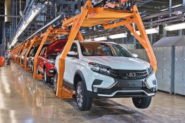 Новые машины на одной из линий завода не производили в течение двух смен