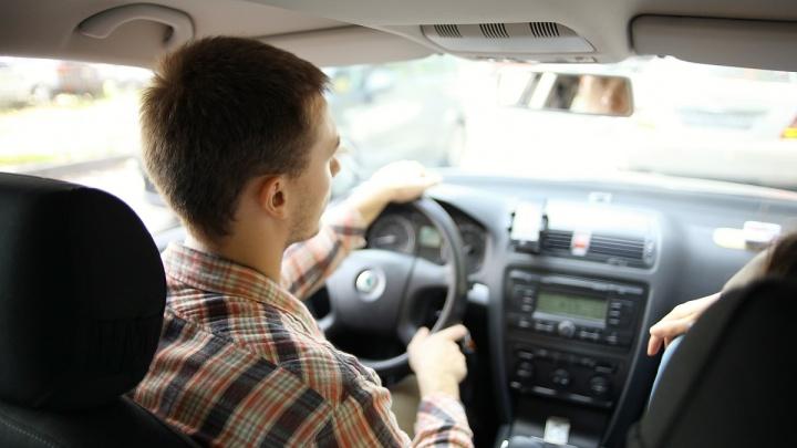 Разогнаться не получится: «быстрых» таксистов вычислит автоматический мониторинг скорости
