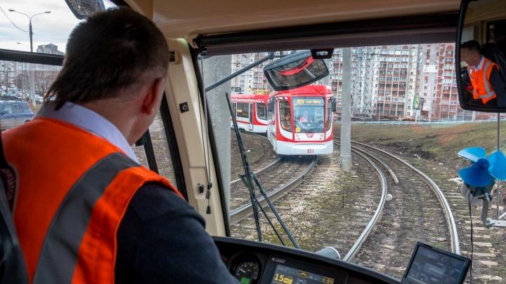 Дыру заделали: до «Самара Арены» вновь пустили трамваи
