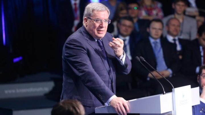 «В России таких зарплат уже нет»: губернатор назвал оправданным повышение зарплаты краевых депутатов