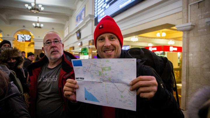 «У вас хорошая карма»: сотня американцев и швейцарцев приехали в Сибирь за просветлением