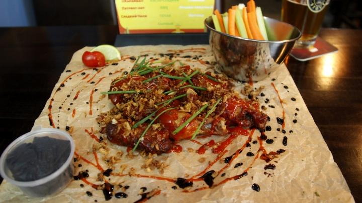 На Красном проспекте открылось кафе с вывеской в Instagram