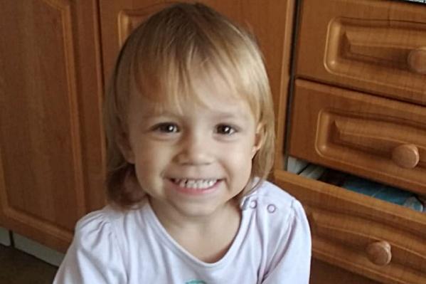 Аделине Кинчаровой было 2 года и 3 месяца. Она умерла 20 января, а 21 января ей бы исполнилось 2 года и 4 месяца