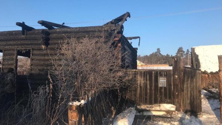 В Юргамышском районе во время пожара погиб молодой мужчина