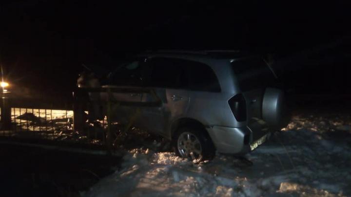 Не справился с рулем и врезался в ограждение моста:25-летний водитель из Башкирии погиб на месте