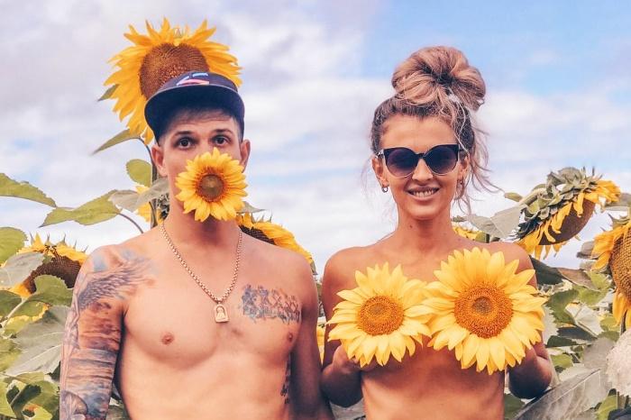 Приходи на сеновал:9 самых эротических, трогательных и романтичных кадров с полей