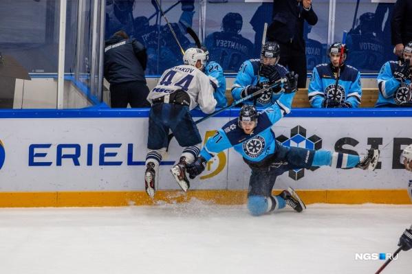 Новосибирская команда продлила серию поражений