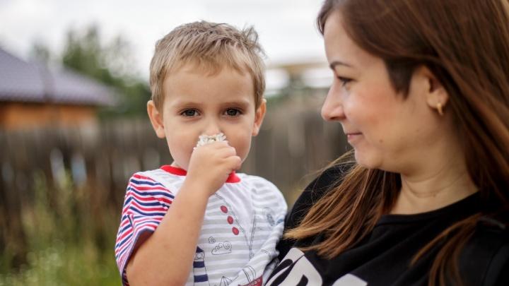 «В крае он такой один»: двухлетнего малыша поразила редкая генетическая болезнь