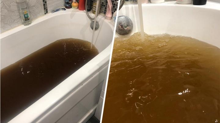 В Челябинске Роспотребнадзор обнаружил превышение опасных веществ в питьевой воде жёлтого цвета
