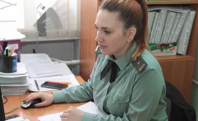 Красноярка отсудила 40 тысяч у автомобилиста, из-за которого автобус, в котором она ехала, попал в аварию