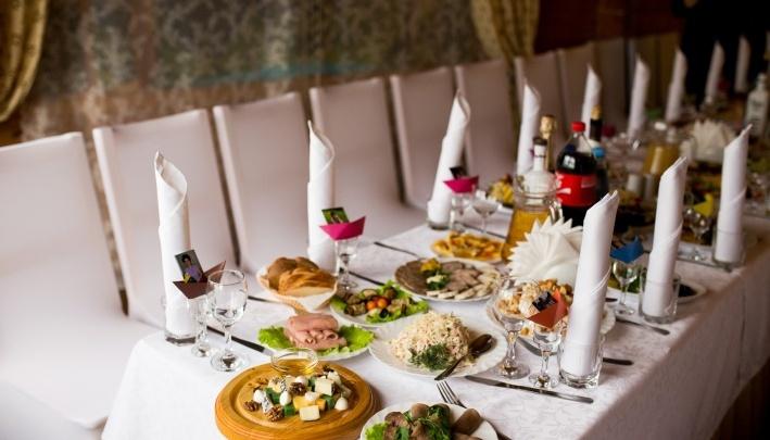 «Доедим остатки бюджета»: ярославцы пожелали чиновникам приятного аппетита за бюджетные деньги