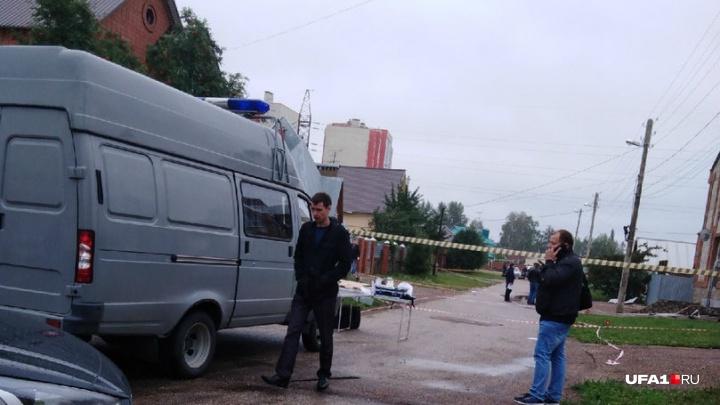 Следователи назвали основную версию взрыва, от которого пострадал хозяин коттеджа в Стерлитамаке