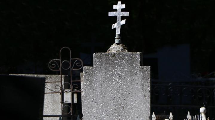 Нижегородку пытались изнасиловать на Ново-Сормовском кладбище — следователи ищут свидетелей