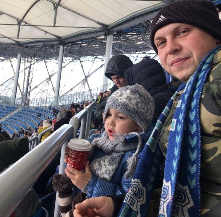 Сыновья больше всего на свете любят маму и футбол