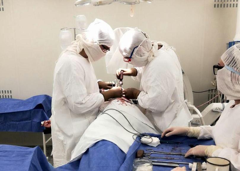На первую операцию пригласили коллегу из Екатеринбурга