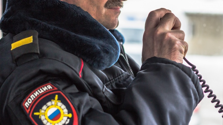 Сызранские полицейские сняли с поезда мужчину, который прятал гашиш в конфетах