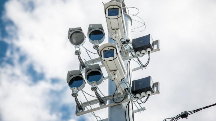 Совсем как настоящие: на дорогах расставят четыре десятка камер-муляжей