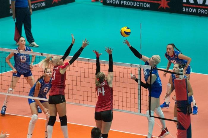 В обеих командахбыло по две волейболистки «Уралочки-НТМК»