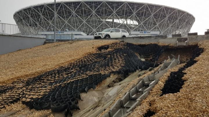 «Не рассчитывали на такие дожди»: в Волгограде после потопа у стадиона расширят ненадежную ливневку